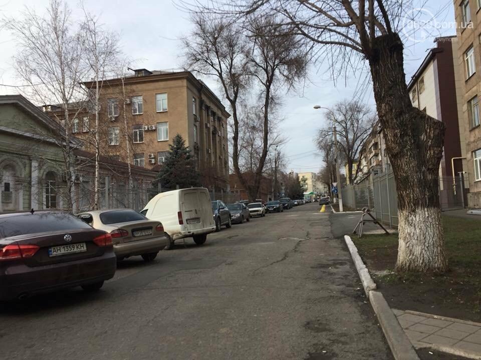 Улица Нильсена возле СБУ больше не перекрыта забором, - ФОТОФАКТ, фото-1