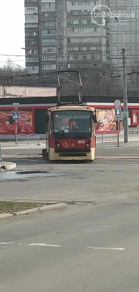 В Мариуполе трамвай сошел с рельсов, - ФОТО, фото-3