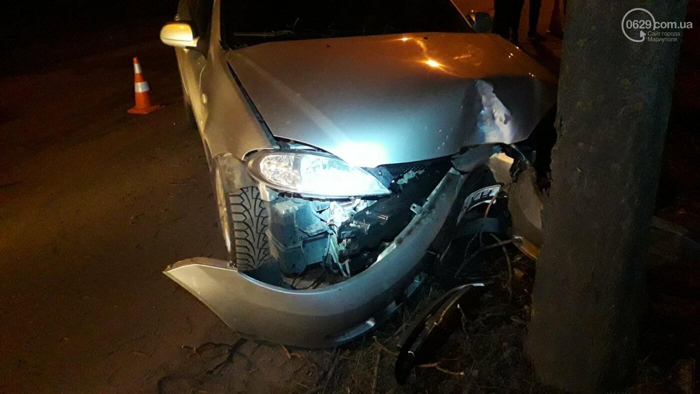 В Мариуполе автомобиль с двумя детьми врезался в дерево, - ФОТО, фото-3
