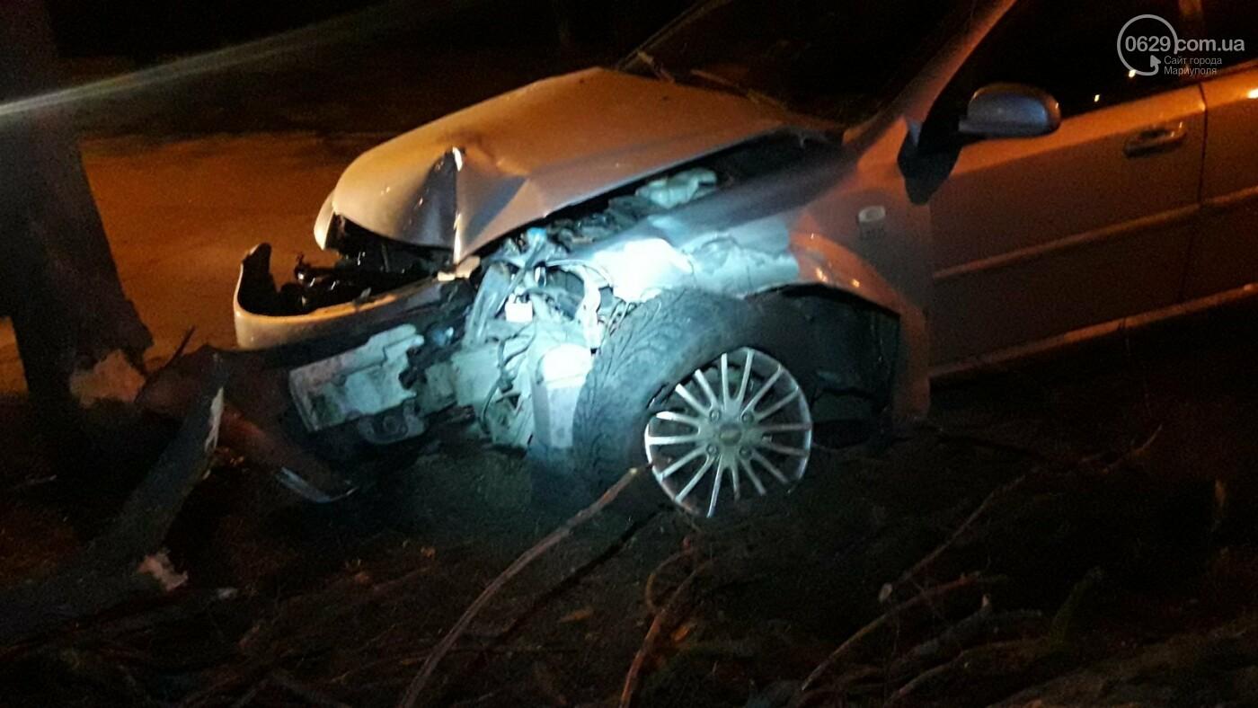 В Мариуполе автомобиль с двумя детьми врезался в дерево, - ФОТО, фото-4