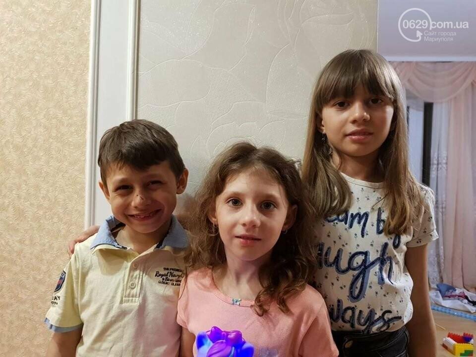 Под Мариуполем многодетная семья осталась без дома из-за пожара,  - ФОТО, фото-1