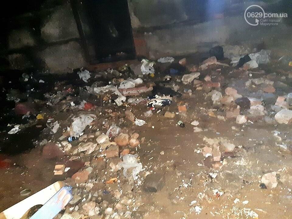 В Мариуполе горел заброшенный магазин. На месте пожара обнаружили труп, - ФОТО, фото-2