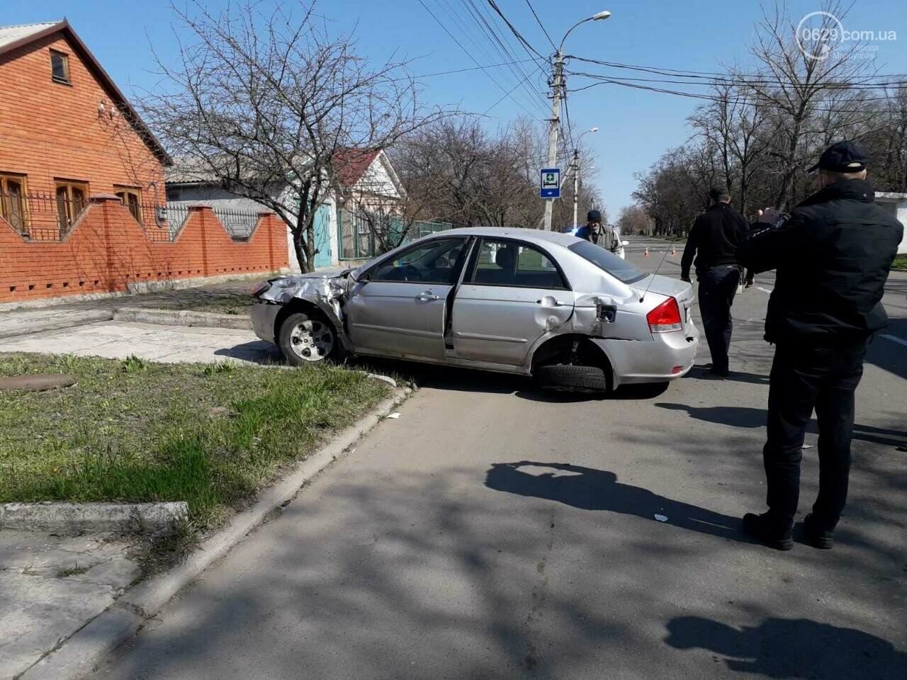 Тройное ДТП с пострадавшими. В Мариуполе столкнулись две легковушки и грузовик,  - ФОТО, фото-9