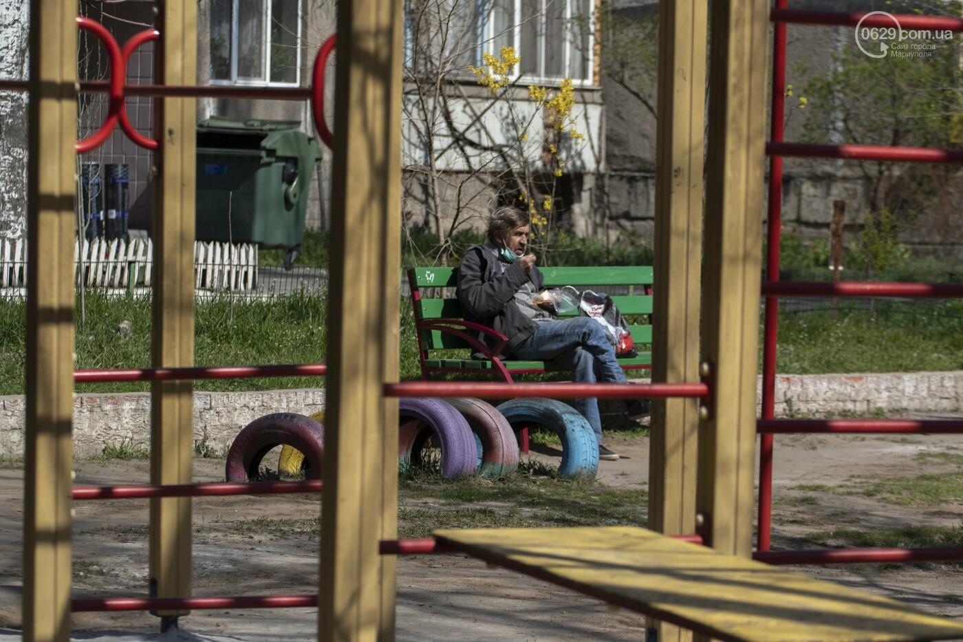О правилах общежития. Как в Мариуполе кормят голодных и нищих, - ФОТОРЕПОРТАЖ, фото-10