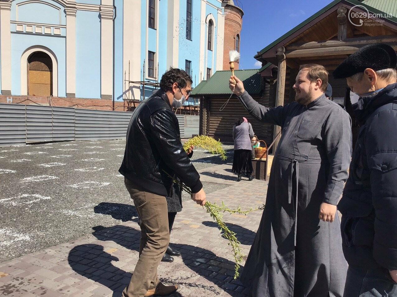Вербное воскресенье в Мариуполе: как в храмах соблюдают карантин, - ФОТО, ВИДЕО, фото-8