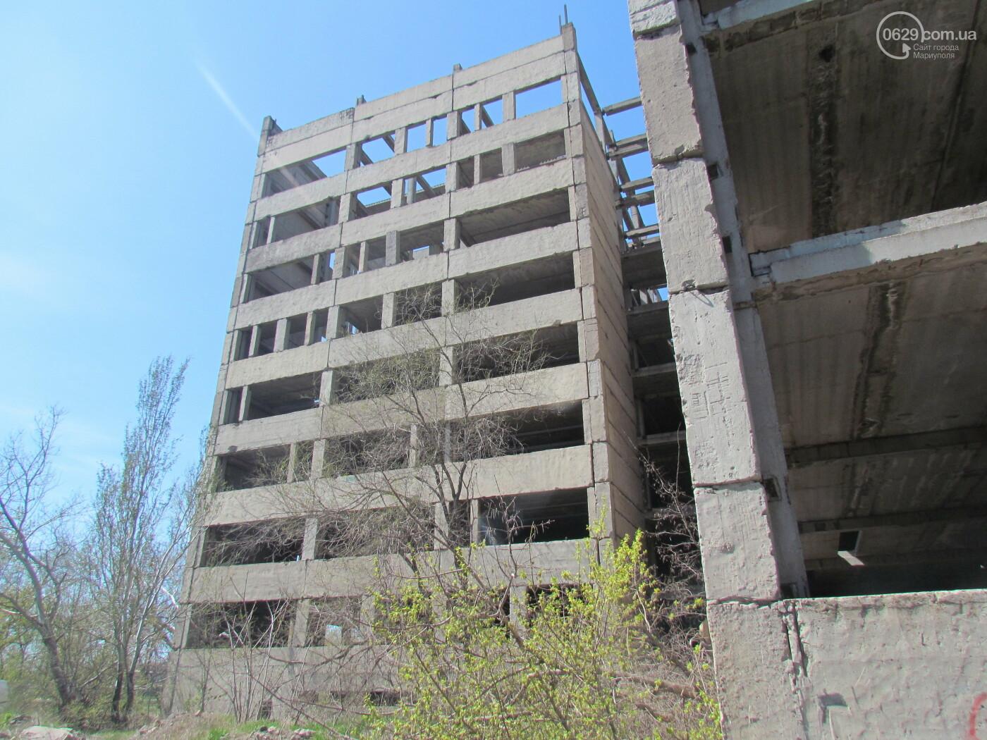 Бетонный монстр больницы. Когда снесут место трагедий и самоубийств в Мариуполе, - ФОТОРЕПОРТАЖ  , фото-9