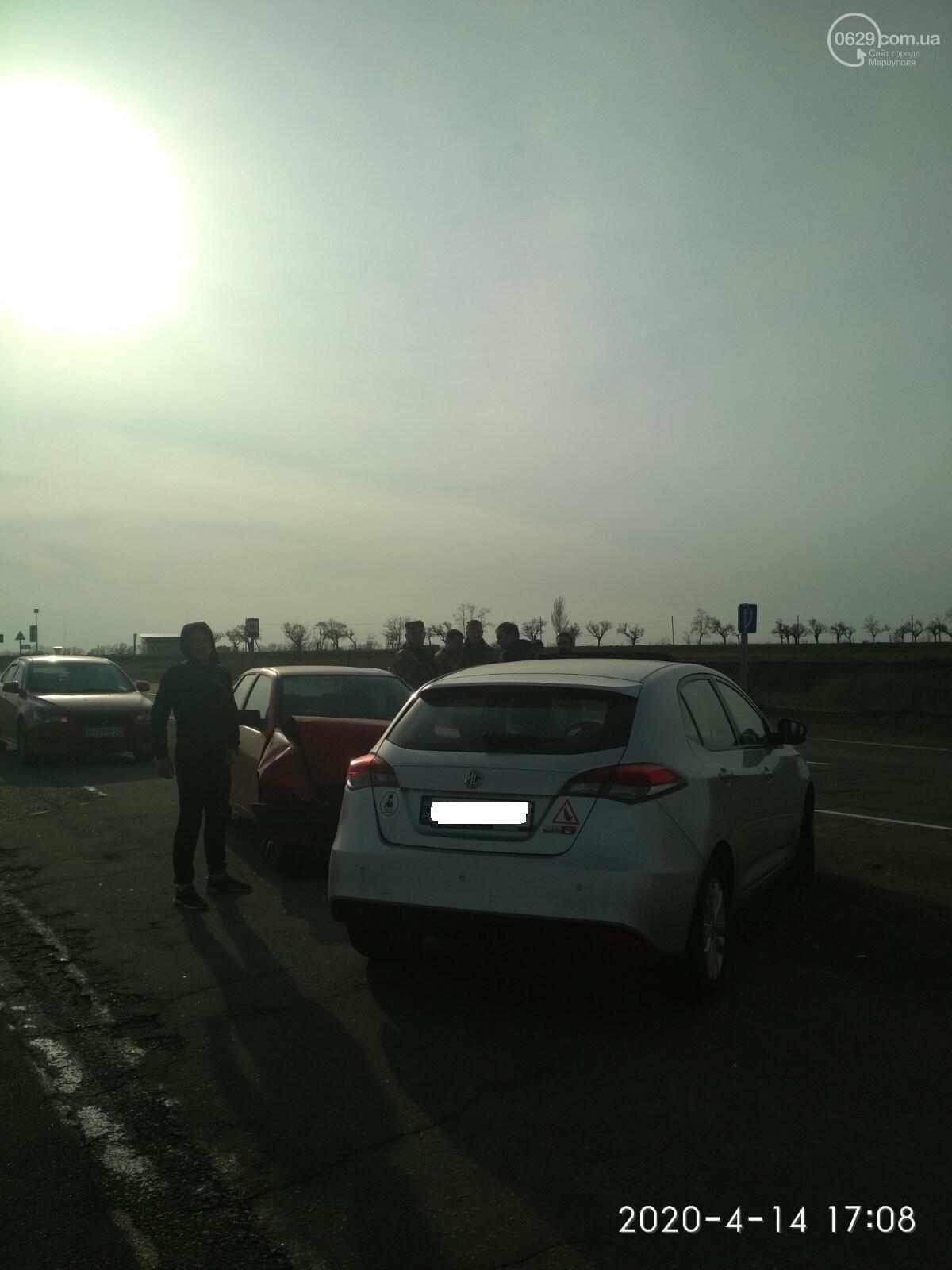 На трассе под Мариуполем столкнулись MG и SEAT, - ФОТО, фото-3
