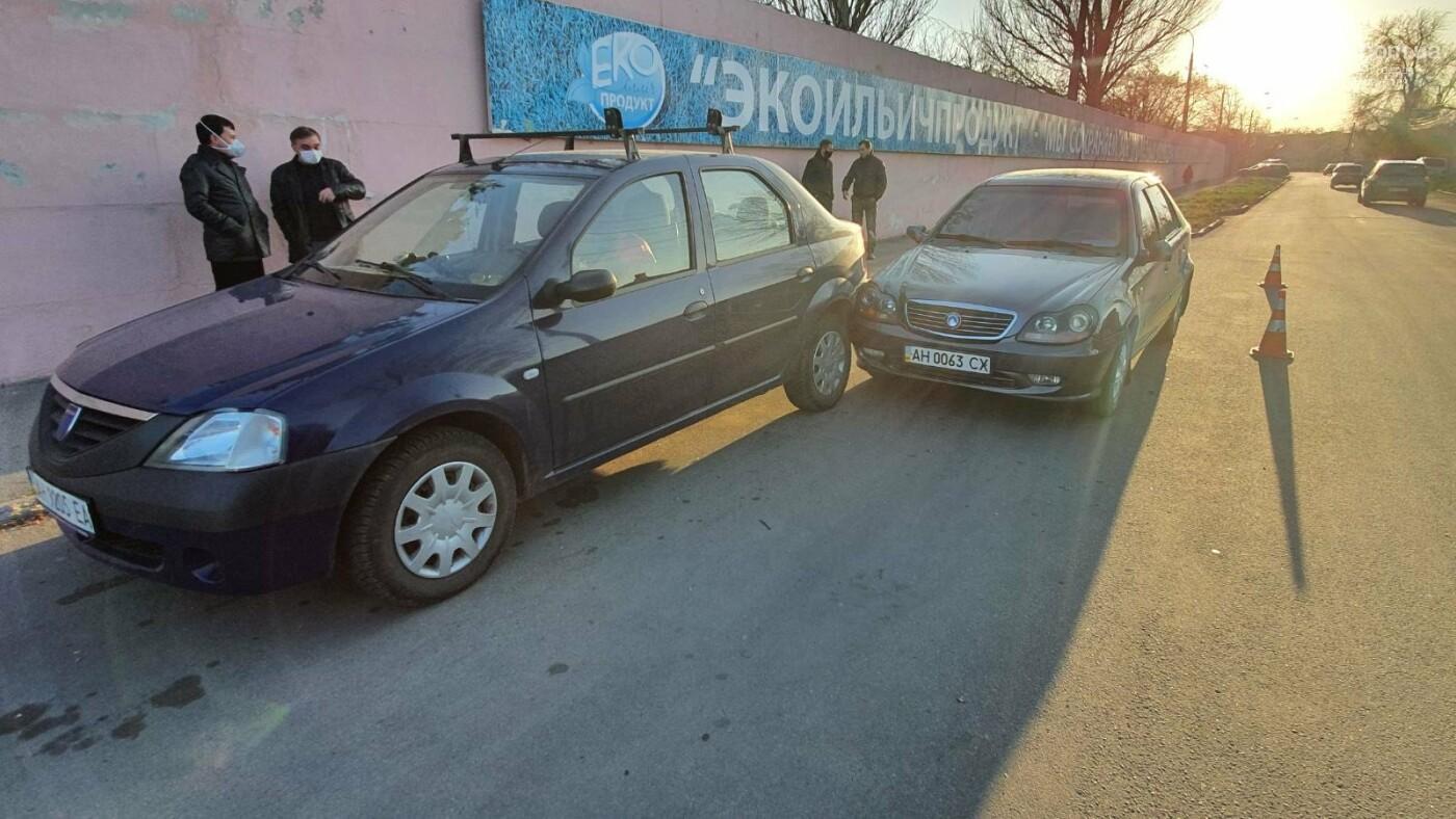 В Мариуполе пьяный водитель устроил ДТП и предлагал полицейским взятку, - ФОТО, фото-2