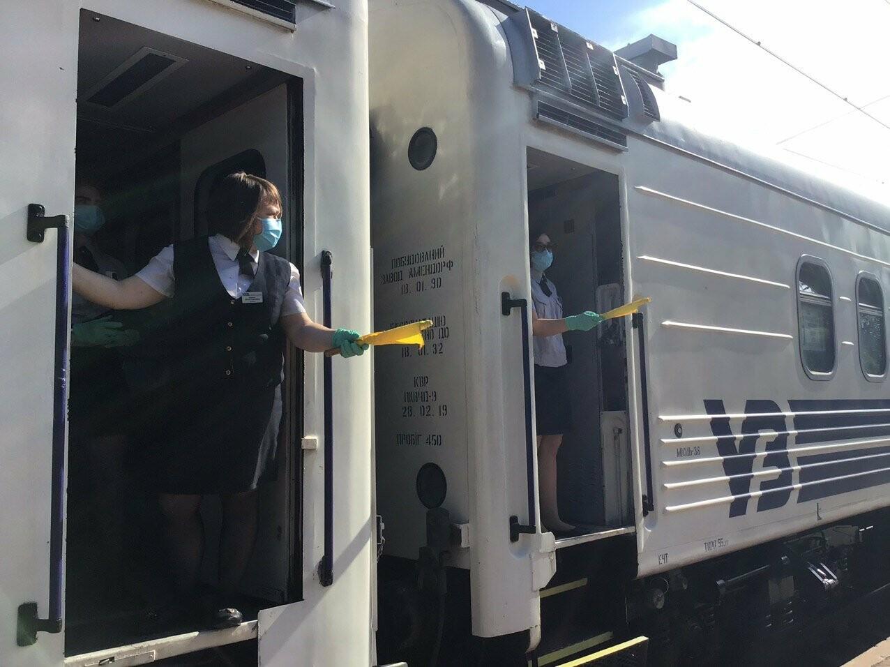 Из Мариуполя отправился первый поезд в Киев, - ФОТОРЕПОРТАЖ, ВИДЕО, фото-10