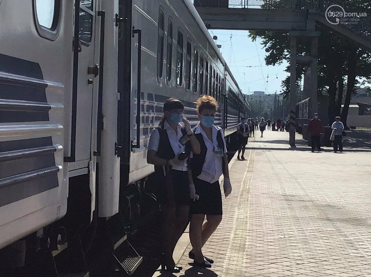Из Мариуполя отправился первый поезд в Киев, - ФОТОРЕПОРТАЖ, ВИДЕО, фото-2