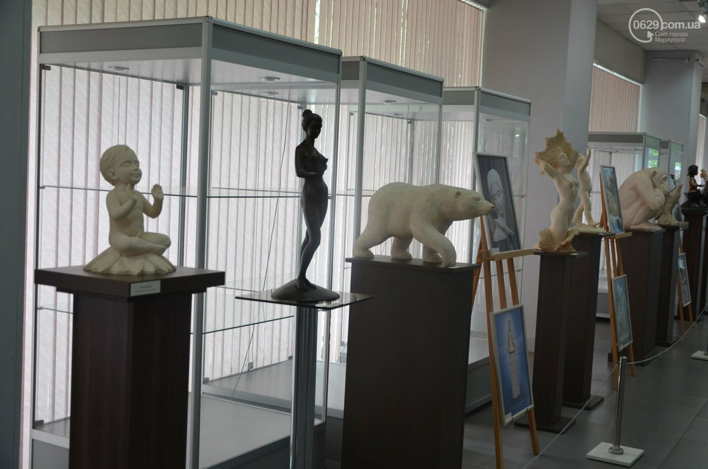В Мариуполь привезли скульптуры, застрахованные на 4 - 6 тысяч евро каждая, - ФОТО, фото-4