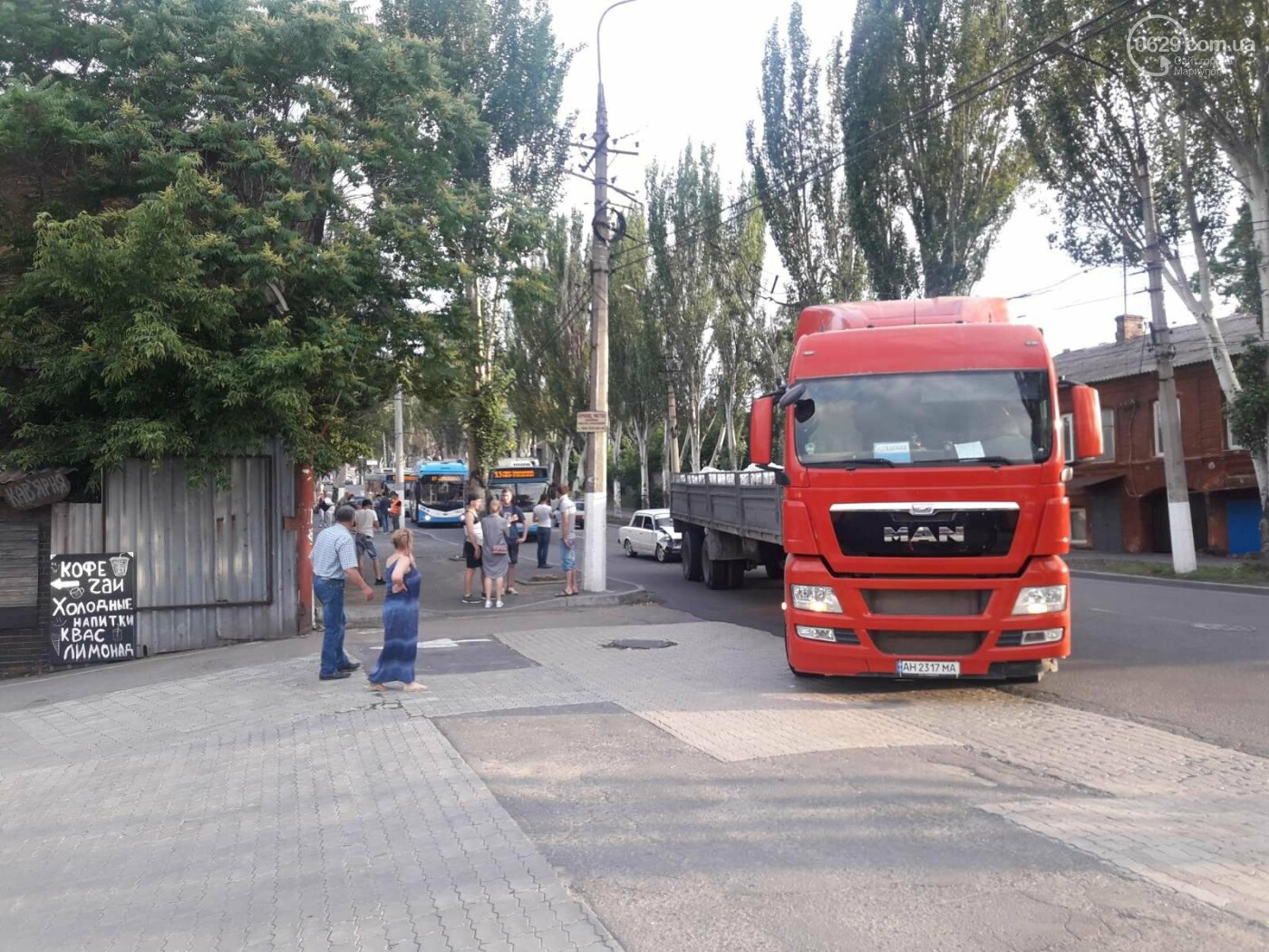 В Мариуполе «копейка» влетела в грузовик. Пострадала девушка, - ФОТО, фото-6