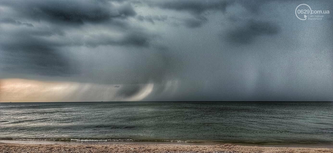 Град, ливень и молния. На побережье Азовского моря обрушилась непогода, - ФОТО, ВИДЕО, фото-2