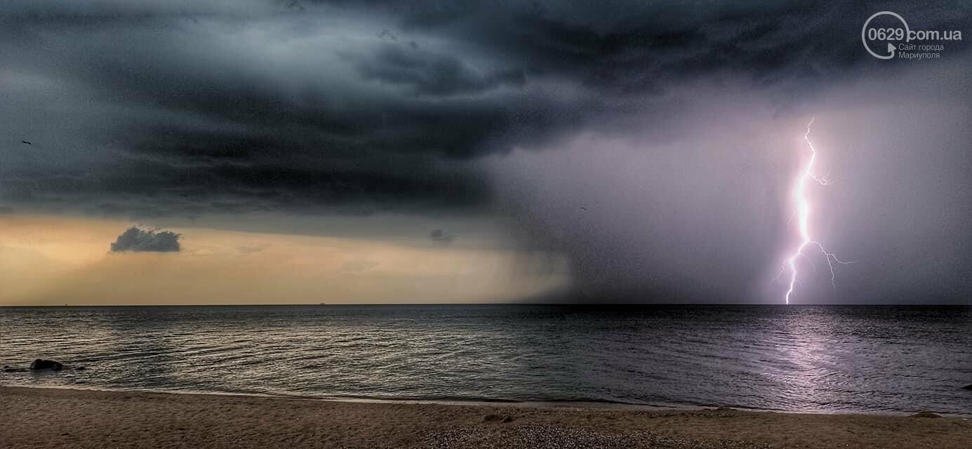 Град, ливень и молния. На побережье Азовского моря обрушилась непогода, - ФОТО, ВИДЕО, фото-6