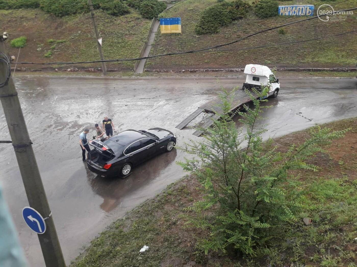 На Мариуполь обрушился ливень: транспорт плыл по дорогам,- ФОТО, фото-11
