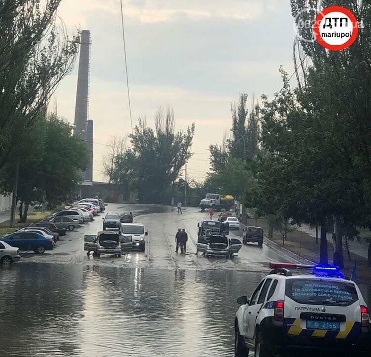 На Мариуполь обрушился ливень: транспорт плыл по дорогам,- ФОТО, фото-6