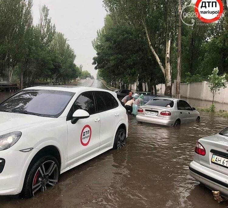 На Мариуполь обрушился ливень: транспорт плыл по дорогам,- ФОТО, фото-7