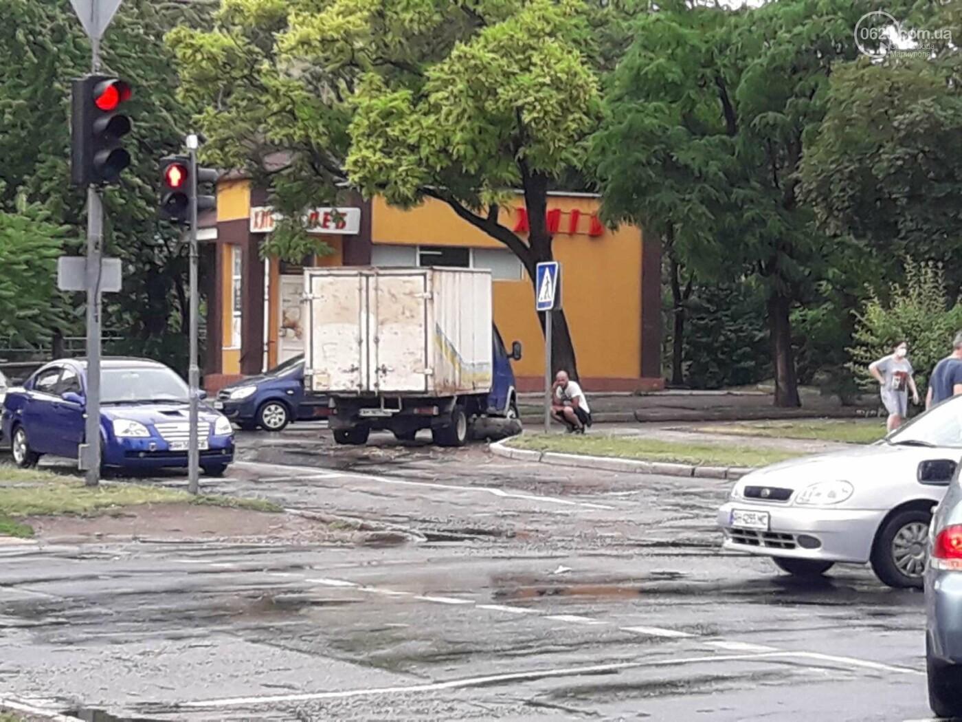 На Мариуполь обрушился ливень: транспорт плыл по дорогам,- ФОТО, фото-13