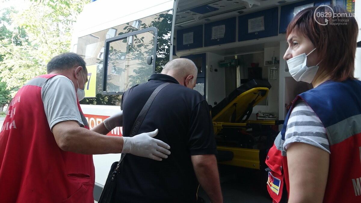 В Мариуполе Мерседес влетел в дерево. Пострадал водитель, - ФОТО, ВИДЕО, фото-9