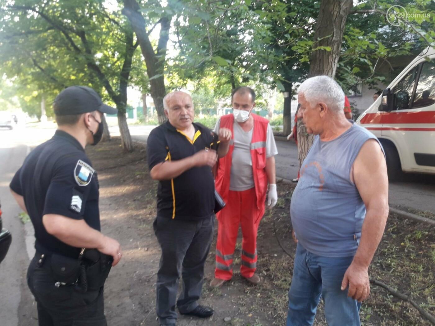 В Мариуполе Мерседес влетел в дерево. Пострадал водитель, - ФОТО, ВИДЕО, фото-4