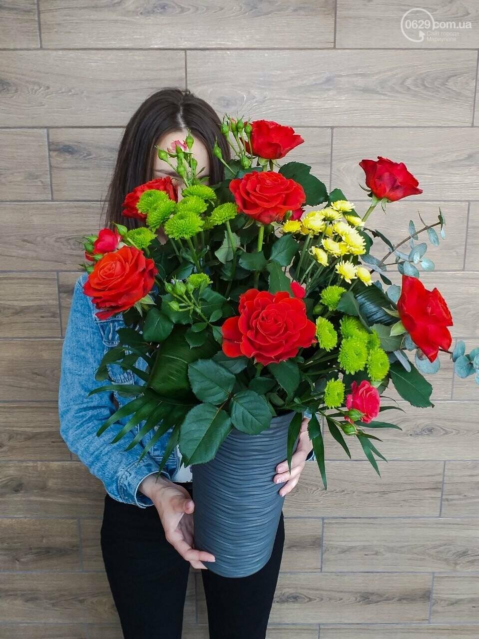 Изысканные, стильные букеты цветов с доставкой от сети салонов LUXE, фото-19