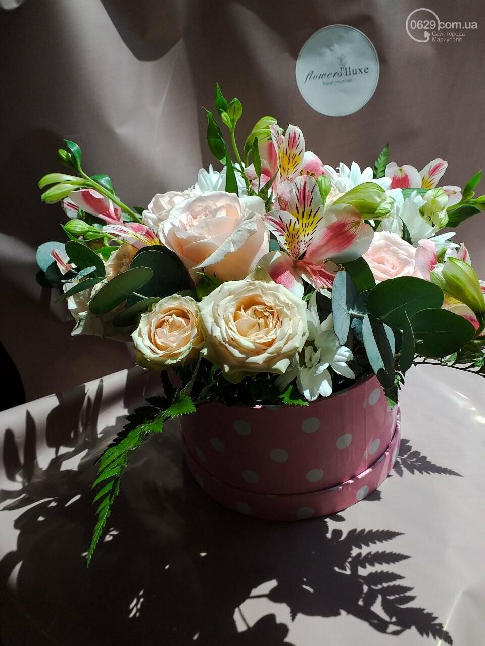 Изысканные, стильные букеты цветов с доставкой от сети салонов LUXE, фото-1
