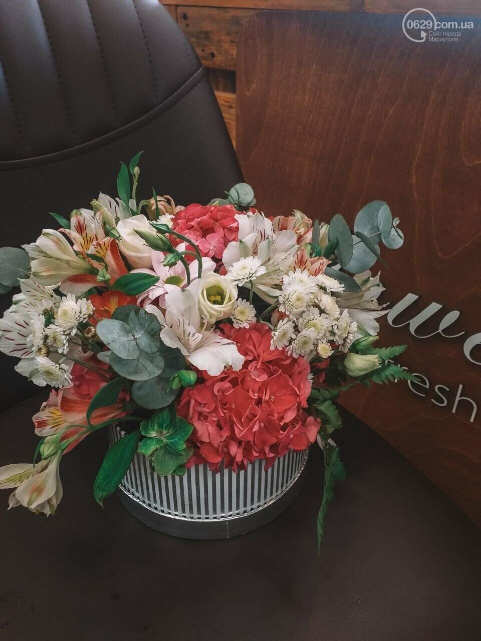 Изысканные, стильные букеты цветов с доставкой от сети салонов LUXE, фото-3