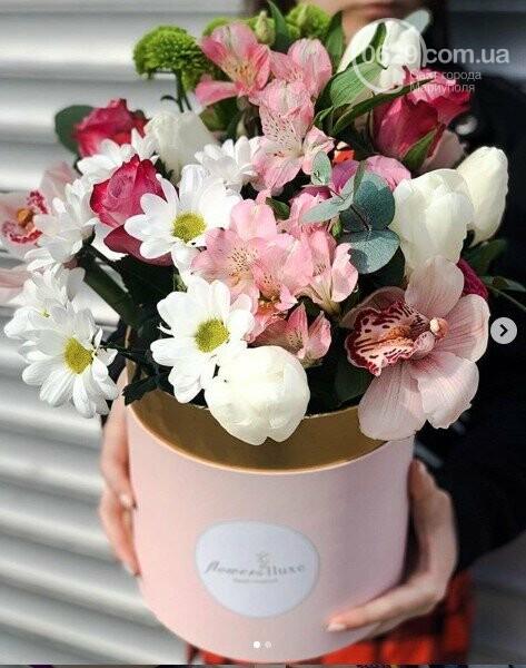 Изысканные, стильные букеты цветов с доставкой от сети салонов LUXE, фото-16