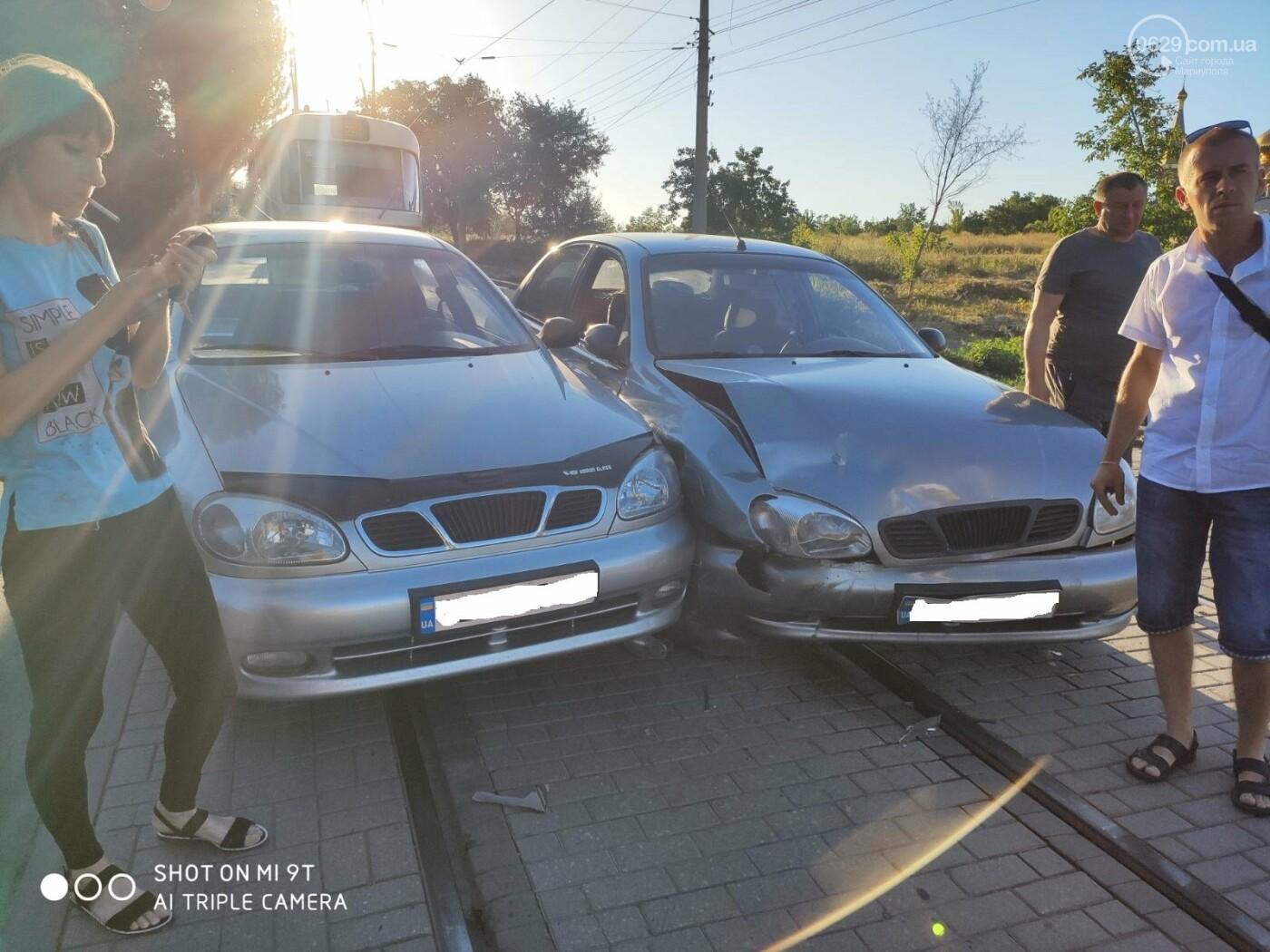 В Мариуполе два Daewoo столкнулись на трамвайных рельсах, - ФОТО, фото-4