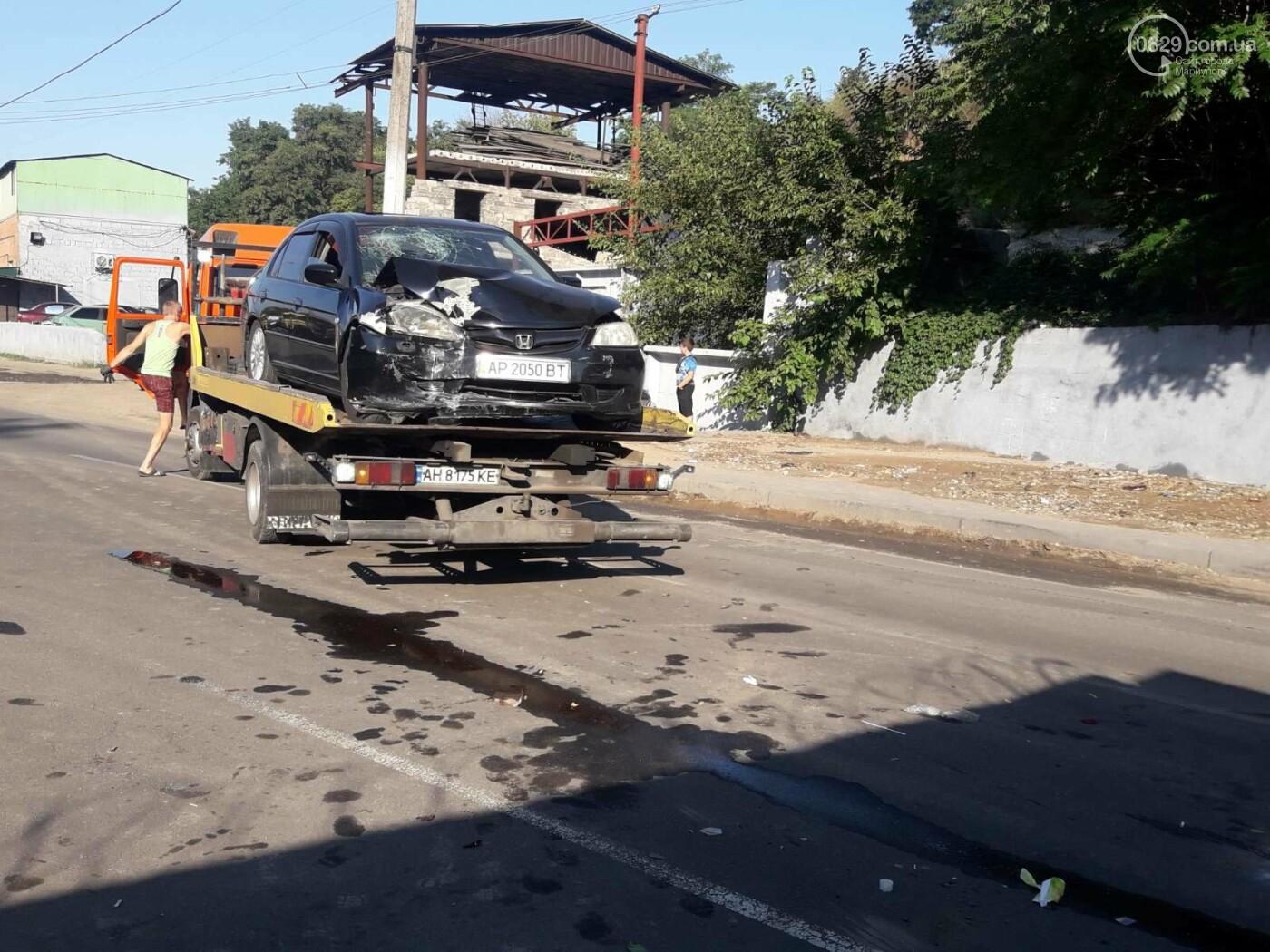 """На рассвете в Мариуполе """"Хонда"""" влетела в забор порта. Четверо пострадавших, - ФОТО, фото-4"""