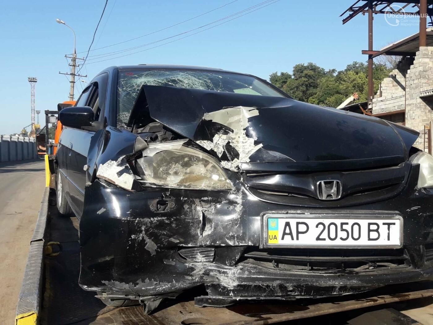 """На рассвете в Мариуполе """"Хонда"""" влетела в забор порта. Четверо пострадавших, - ФОТО, фото-3"""