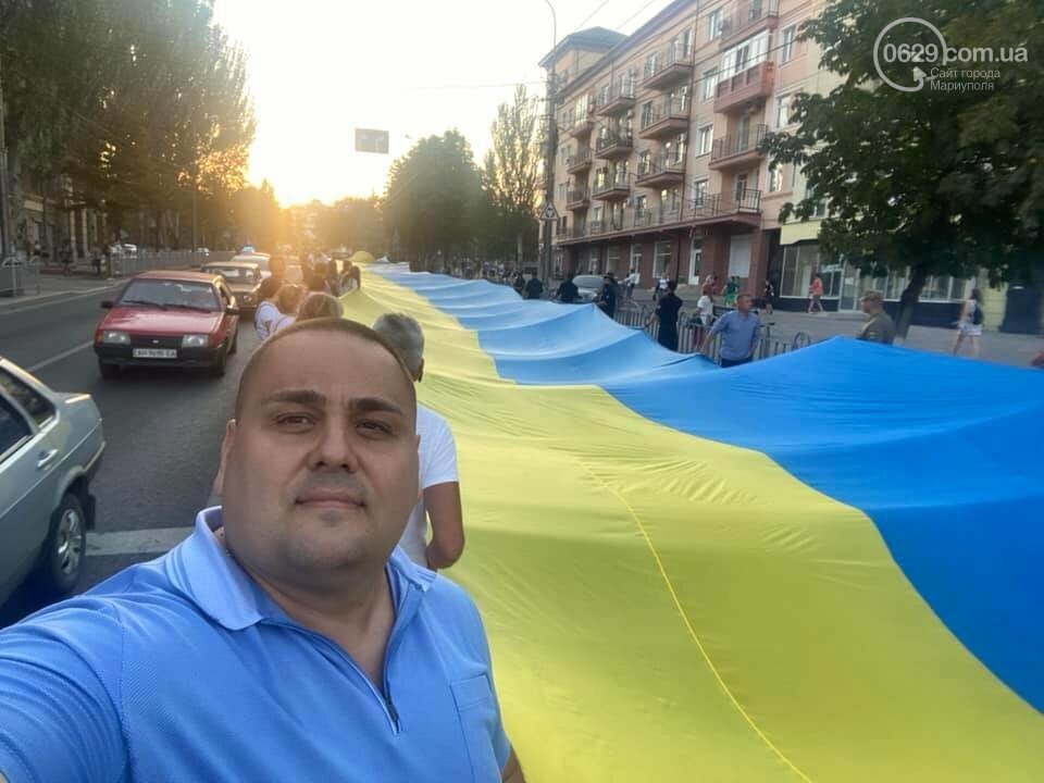 В Мариуполе День флага отметят раздачей квартир и развернут 100-метровый символ праздника, фото-4