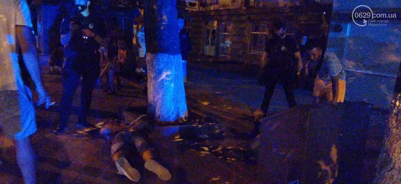 В центре Мариуполя спецназ задержал дебоширов и ограничил работу журналиста, - ФОТО, фото-1