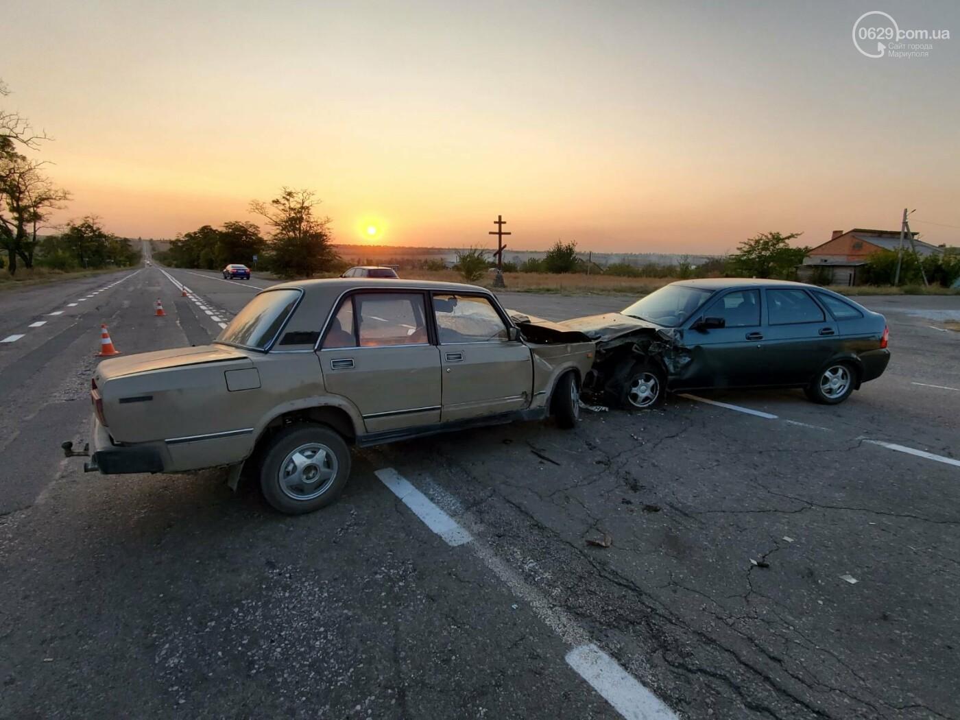 На трассе под Мариуполем «ВАЗ» протаранил «Lada Priora»,  - ФОТО, фото-4