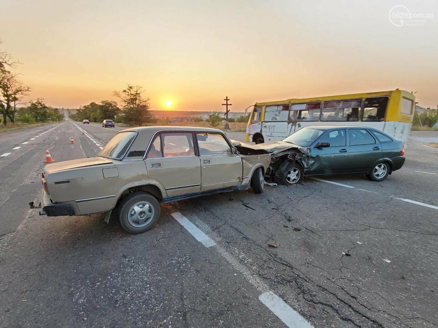 На трассе под Мариуполем «ВАЗ» протаранил «Lada Priora»,  - ФОТО, фото-7