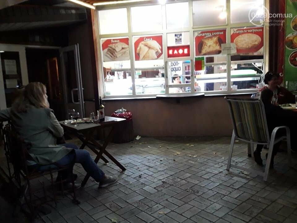 Чебуреки, устрицы, бургеры. На площади Свободы появился коммунально-коммерческий гастрохолл,- ФОТО, ВИДЕО, фото-6