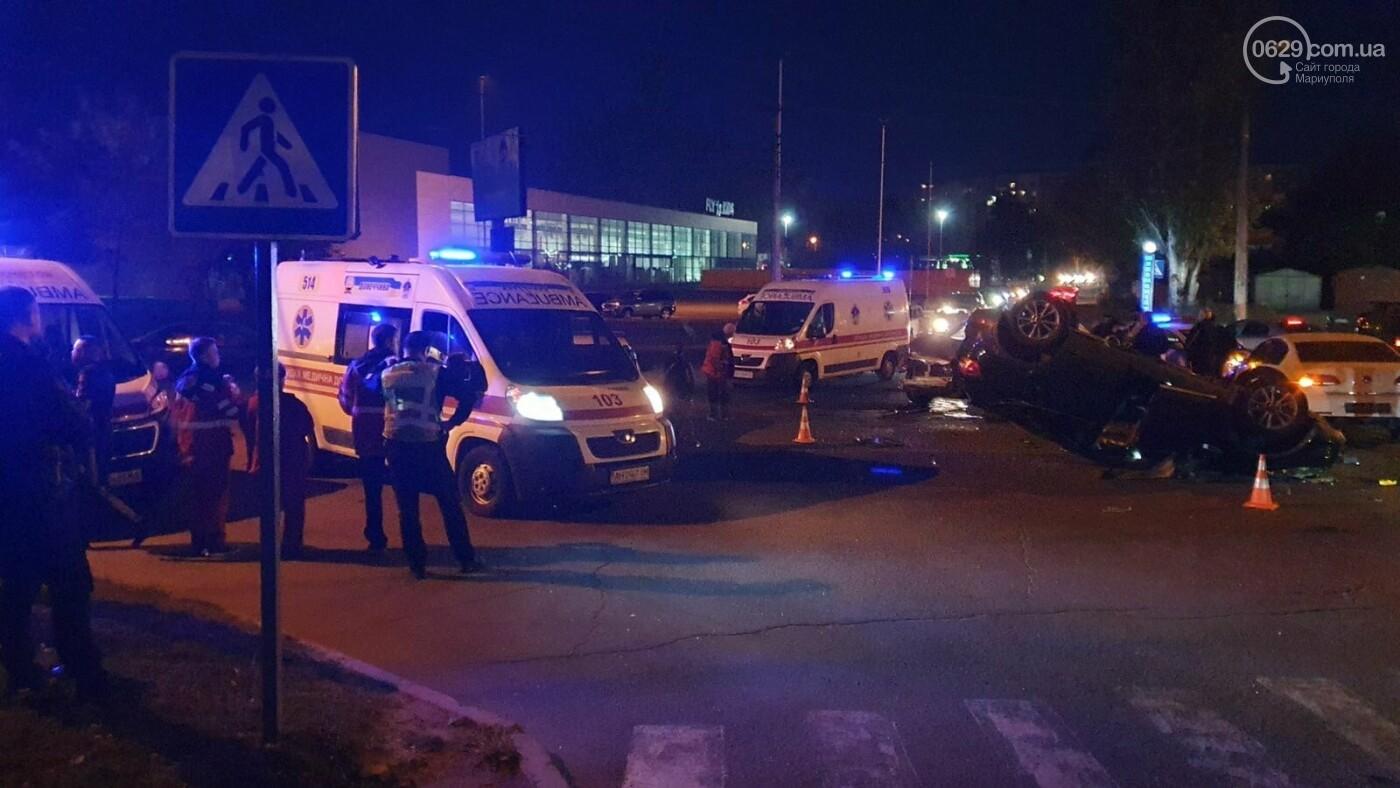 В Мариуполе на улице Кальмиусской перевернулся автомобиль,- ФОТО, фото-3