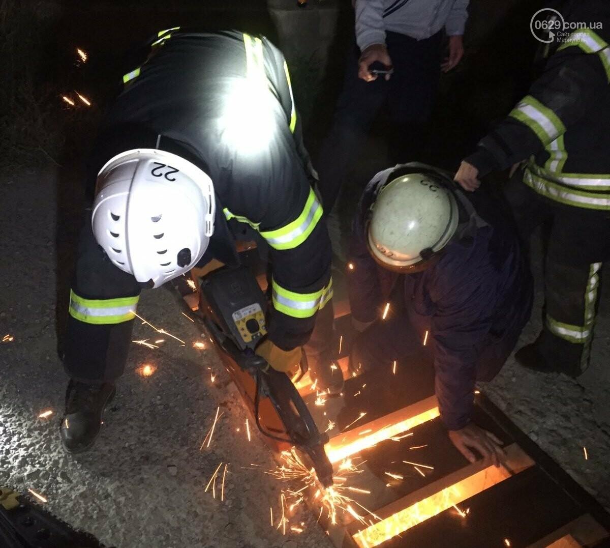 В Мариуполе мужчина провалился в ливневую канализацию, - ФОТО, фото-1
