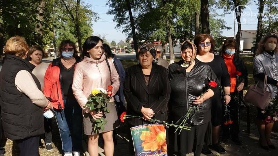В Сартане почтили память погибших в результате вражеского обстрела  6 лет назад,- ФОТО, фото-2