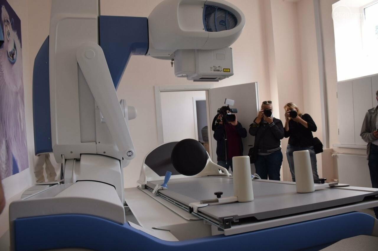 Современные палаты и новейшее оборудование. Что находится внутри отремонтированной детской больницы, - ФОТОРЕПОРТАЖ, ВИДЕО, фото-10