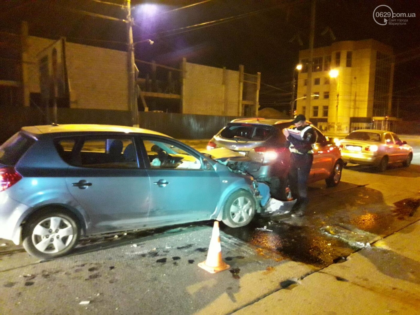 """Тройное ДТП в Мариуполе. Пьяный на """"КИА"""" протаранил два автомобиля, - ФОТО, фото-5"""