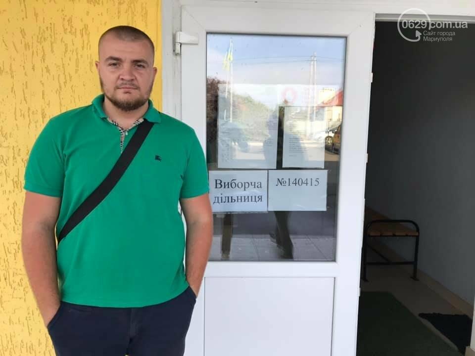 В Мангушском районе на избирательном участке не разместили фото кандидатов от националистов, - ФОТО , фото-1