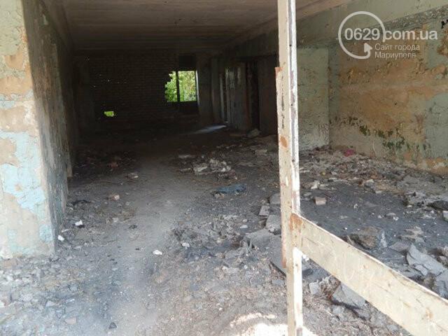 Забытое место. Чем стал заброшенный кинотеатр на краю Мариуполя, - ФОТОРЕПОРТАЖ, фото-3