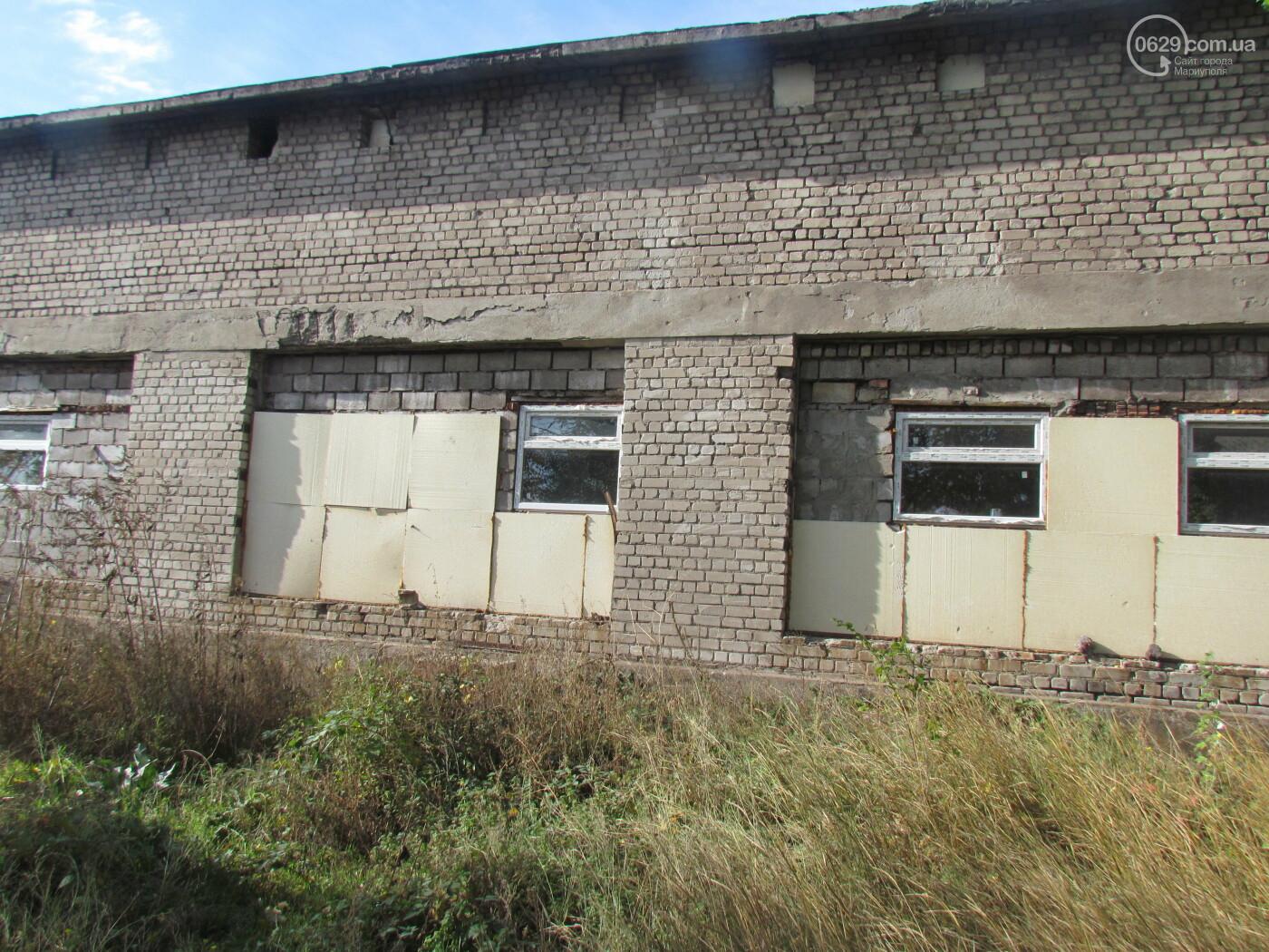 Забытое место. Чем стал заброшенный кинотеатр на краю Мариуполя, - ФОТОРЕПОРТАЖ, фото-9