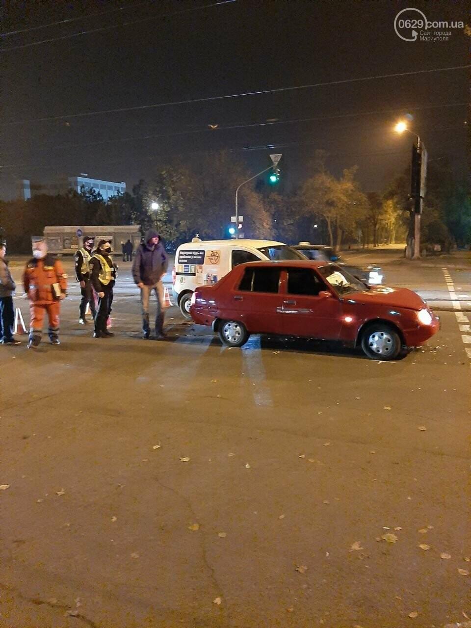 В ДТП на ул. Покрышкина пострадала девушка, - ФОТО, фото-4
