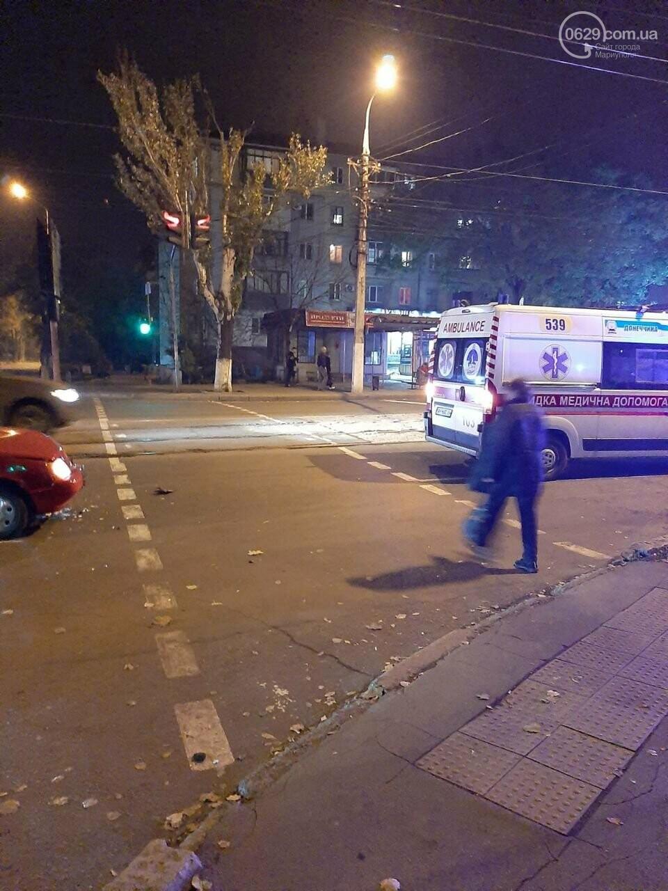 В ДТП на ул. Покрышкина пострадала девушка, - ФОТО, фото-3