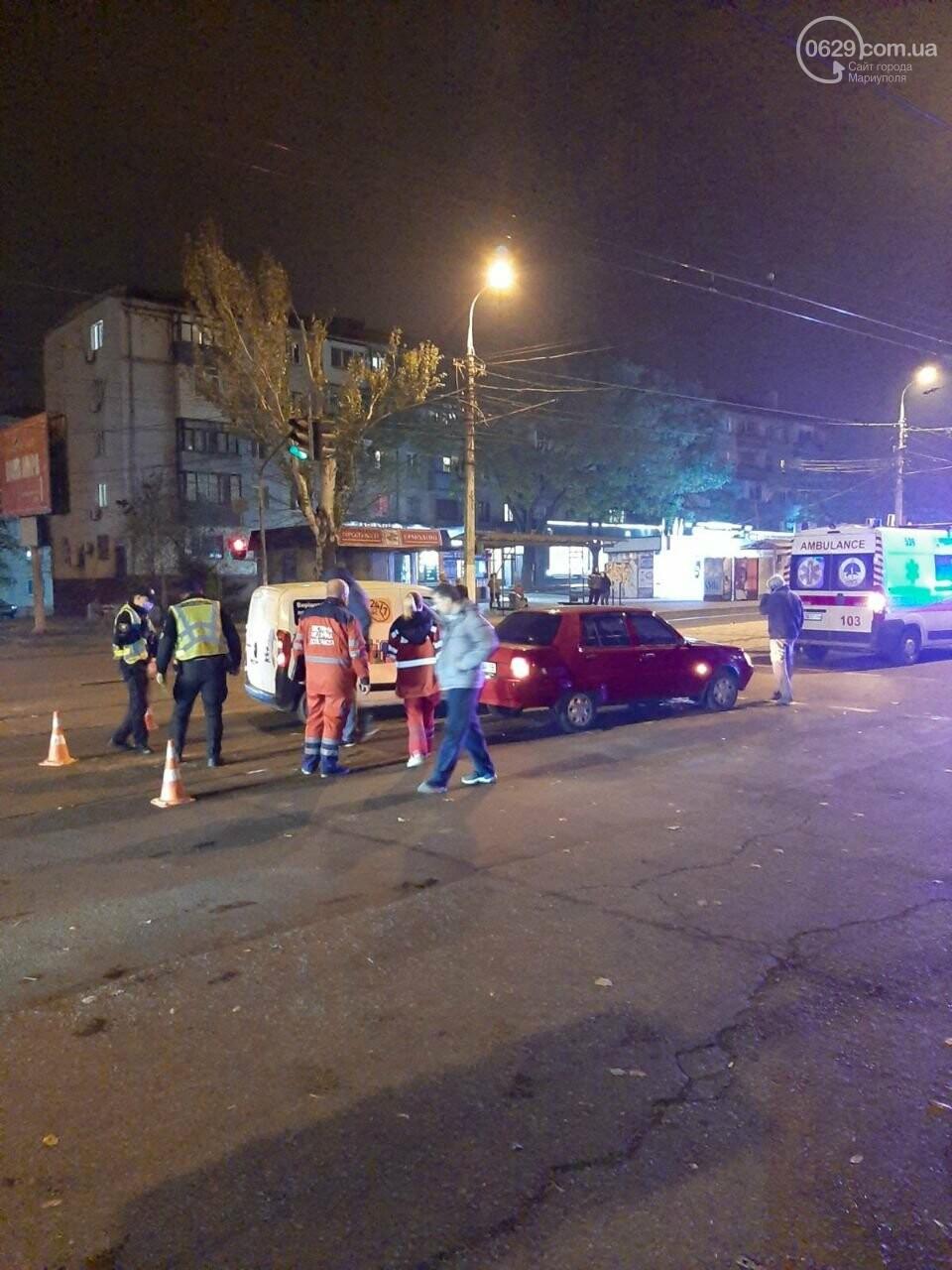В ДТП на ул. Покрышкина пострадала девушка, - ФОТО, фото-2