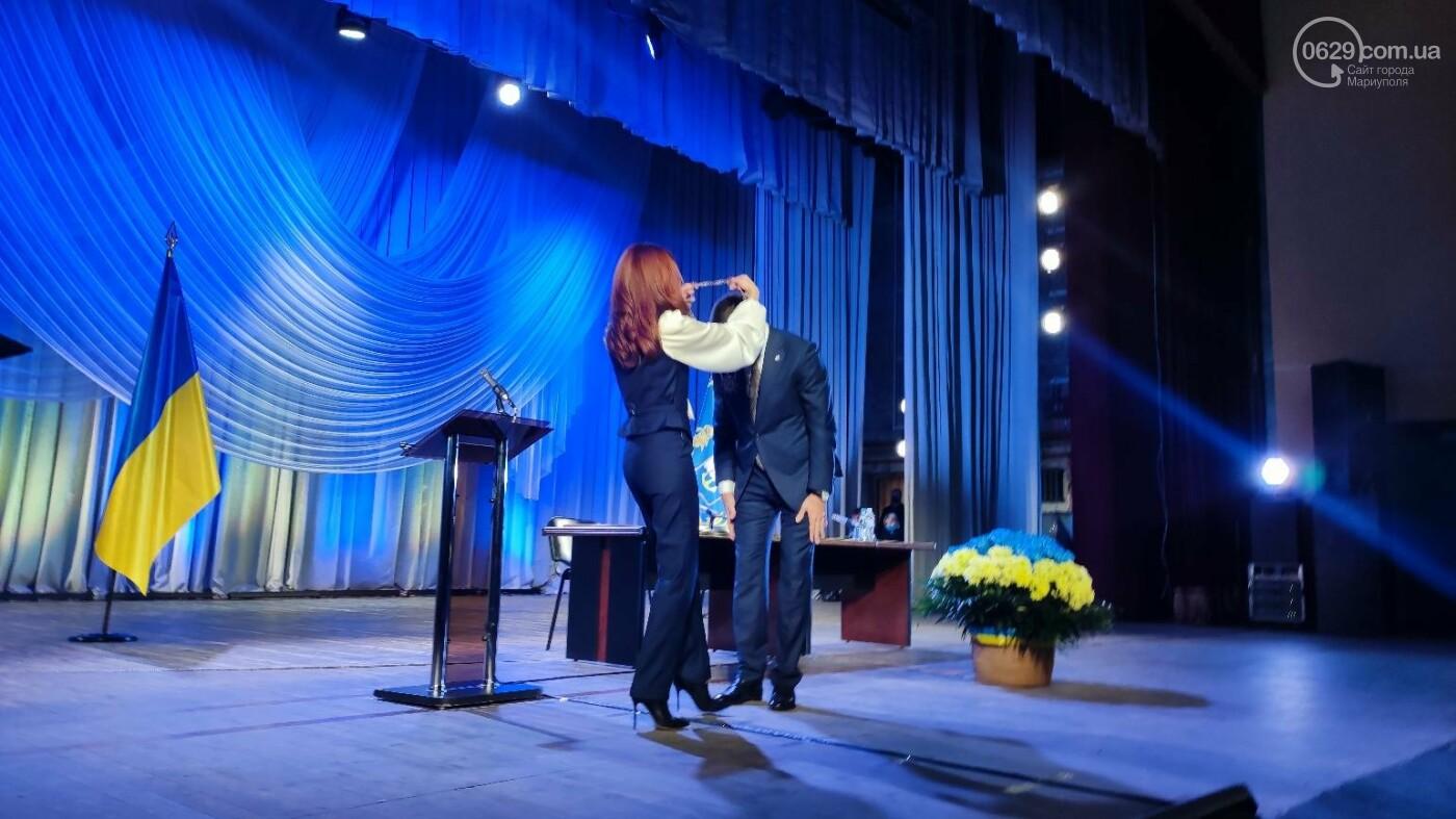 В Мариуполе стартовала первая сессия 8 созыва, - ФОТО, фото-7