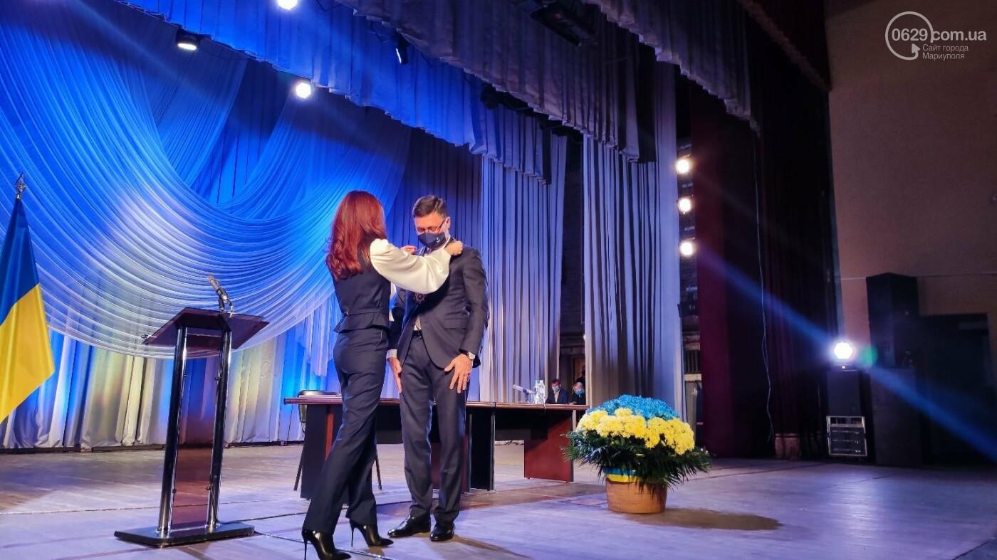 В Мариуполе стартовала первая сессия 8 созыва, - ФОТО, фото-5