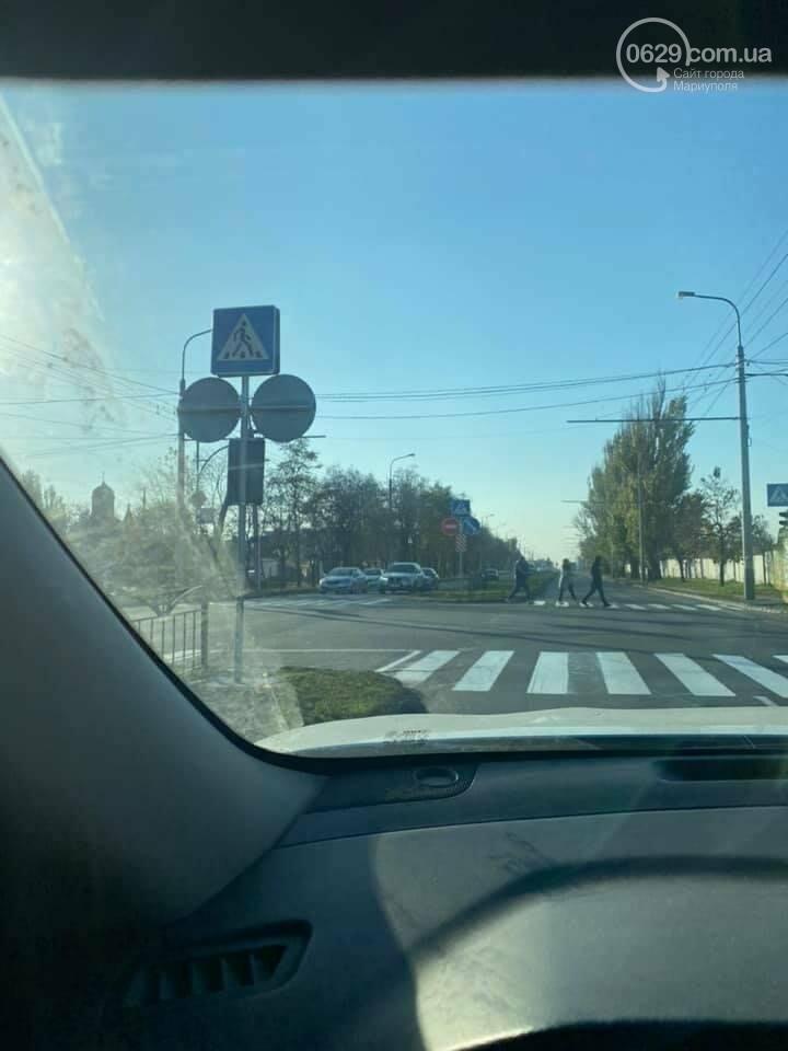 Новый светофор и секция! Как центр Мариуполя освободили от заторов,- ФОТО, фото-2